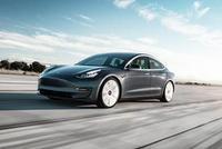 3.5万美元Model 3下月上市 特斯拉股票盘后暂停交易