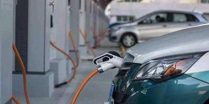 """补贴新政重质提效 让新能源车""""跑得更远"""""""