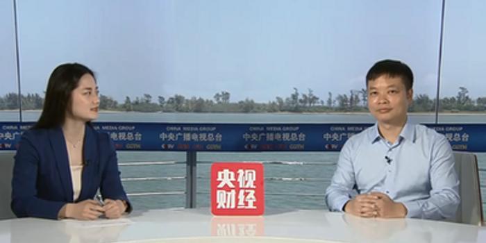 何小鹏:政策的调整可以推动电动汽车行业向前发展