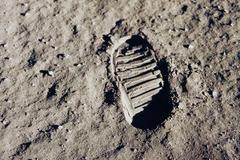 """阿波罗50年   改变历史的""""阿波罗""""载人登月工程"""