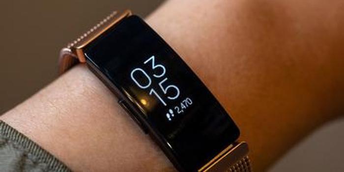 谷歌148亿元收购Fitbit:苹果手表的最强大对手来了