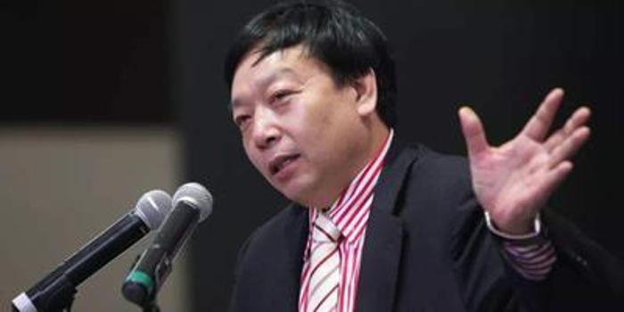 万喆:庞青年和贾跃亭,营商环境的关键问题在哪里?