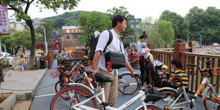 北京市乱停放共享单车拟罚款50元