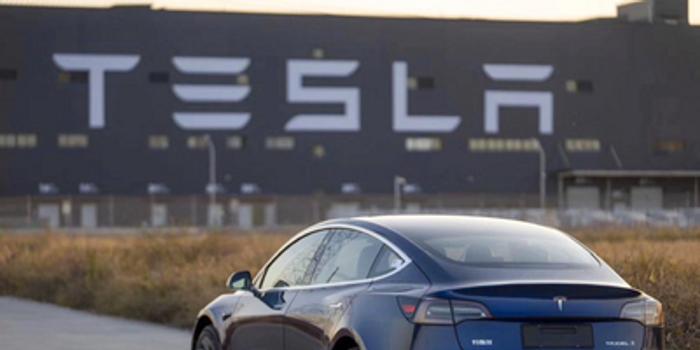 特斯拉恢复交付中国产Model 3 此前因疫情暂停