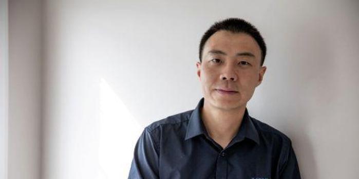 华人科学家因调查离开美国 曾遭色情审查和诱捕