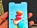 华硕ZenFone 5亮屏真机!这一刻iPhone X附体