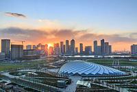 """建设繁荣宜居智慧的现代化海滨城市 """"壮丽70年 奋斗新时代""""新区主题新闻发布会召开"""