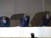 东芝高层正式就财务丑闻道歉