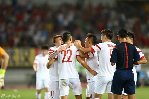 国足取得东亚杯首场胜利