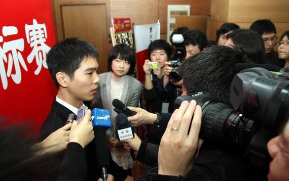 李世石接受采访