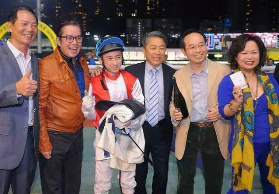 「财神驾到」于3月18日跑马地赛事中取得头马