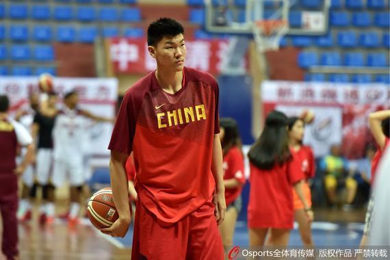范子铭曾当选过国奥男篮