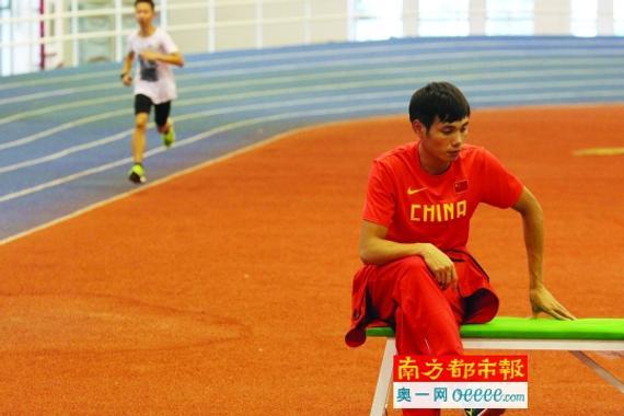 昨天,莫有雪在深圳市体工大队锻炼馆。南都记者 刘有志 摄