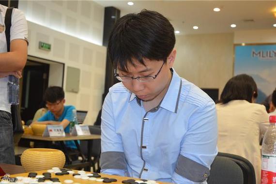 王琛在围棋竞赛中(材料图)