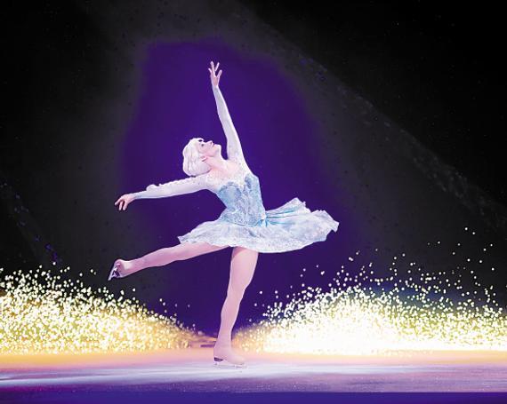 舞蹈城堡背景手工制作图片