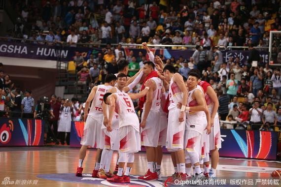 中国男篮小组赛三连胜