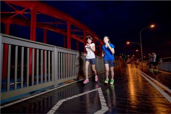 女人夜跑攻略。