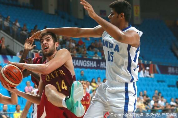 卡塔尔男篮战胜印度
