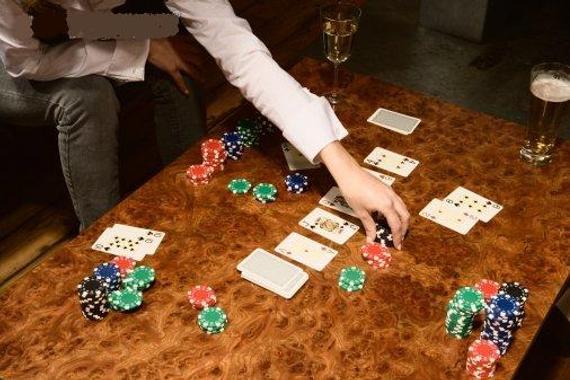 风靡全美的德州扑克