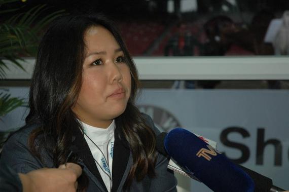 中国首位参赛的女骑手朱美美