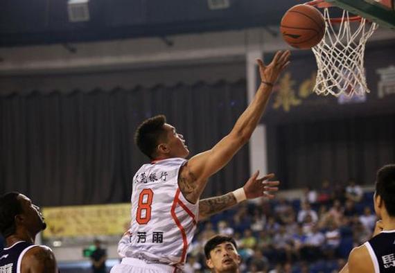 广东队主帅杜锋称新赛季会紧缩朱芳雨等宿将的上场时刻