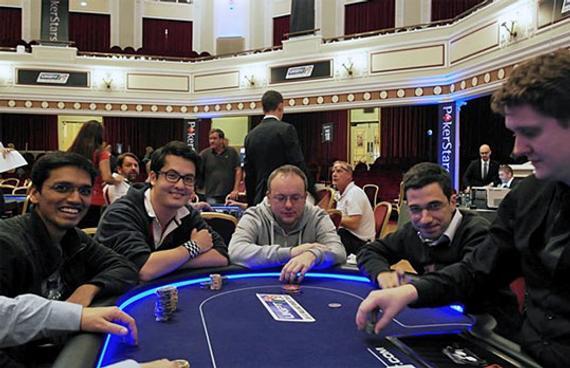 国际上最高品级分的扑克桌选手:哈里克利斯纳,大卫・霍维尔,丹尼尔・格莫里,拉伦特・弗里斯特