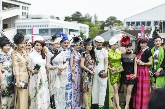中国女企业家旗袍装亮相墨尔本