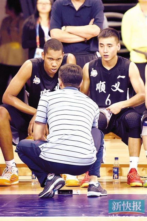 加尼尤入选国青男篮