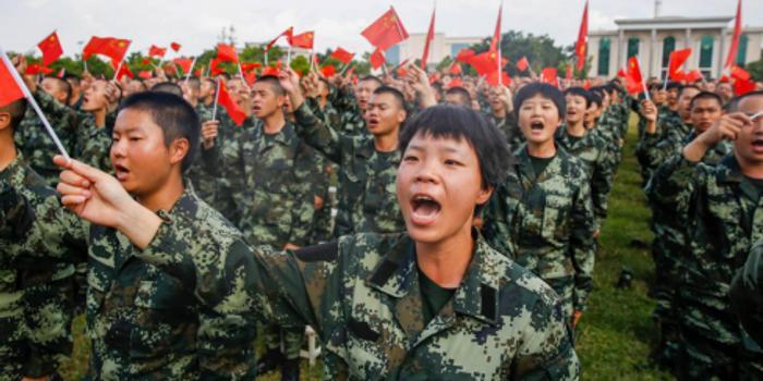 """武警某部新兵大队举行""""青春告白祖国""""主题团日活动"""