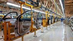8月官方制造业PMI意外回升 生产资料价格反弹是主因