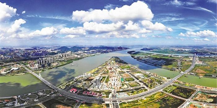 目前引进了中创集团建设医药产业研发孵化平台——广东医谷产业园