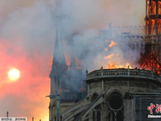 巴黎圣母院失火引关注 网友伤心台湾古迹毁坏严重
