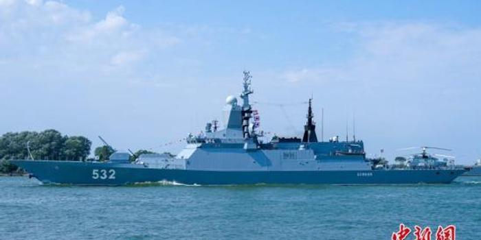 普京:在最近十年里将继续巩固发展军事潜力