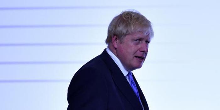 英国议会周二复会 阻止硬脱欧只剩一周时间
