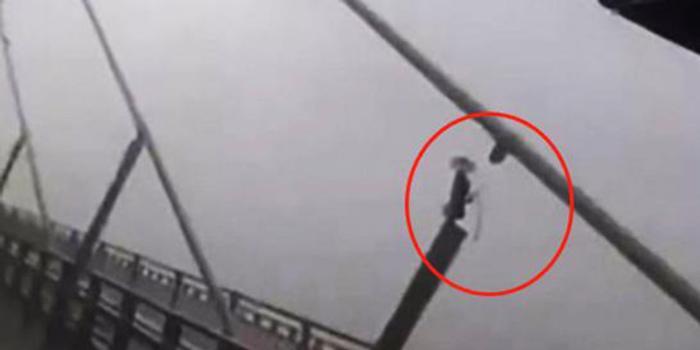 江苏官方:苏通大桥拉索断裂消息不实 性能不受影响