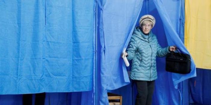 在家上网赚钱_欧洲议会观察员:乌克兰选举现误导舆情和黑客袭击