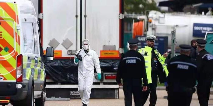 英国警方:第一要务是维护死者尊严 确保给出答案