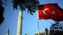 里拉暴跌后 土耳其人的这些天