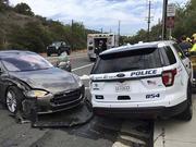 特斯拉北美再出事故:司机称当时处于自动驾驶模式