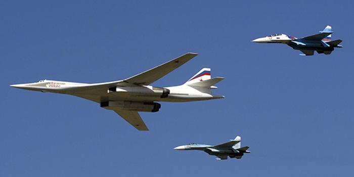 俄羅斯圖-160轟炸機降落南非 非洲成美俄博弈新戰場