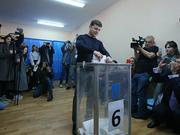 乌克兰大选第二轮 喜剧演员泽连斯基有压倒性优势