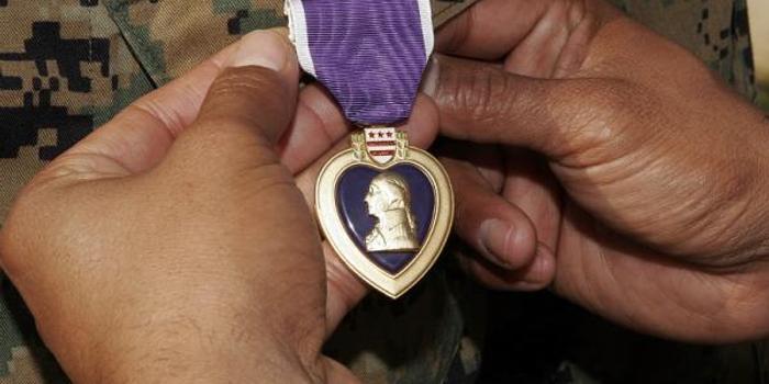 美国防部:伊朗袭击中受伤美士兵将被授予紫心勋章