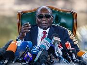 津巴布韦大选:穆加贝挺反对派 拒支持前盟友连任