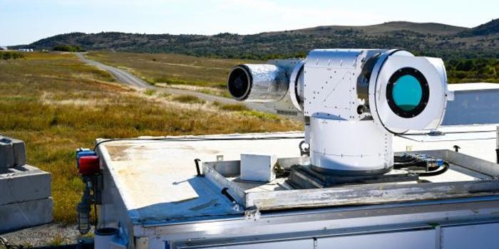 美空军新型激光武器试验 击落多架无人机