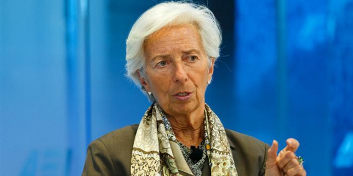拉加德:强化宽松政策预期 对数字货币持开放态度