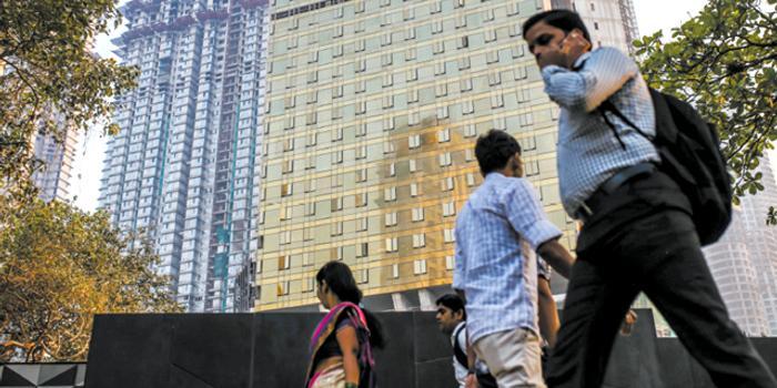 印度经济踩刹车?从内衣到房地产销量均下跌