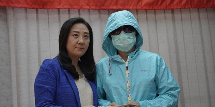 香港被烧伤李伯太太:丈夫两场手术后仍未脱离危险