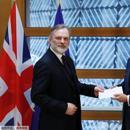 英外相:欧盟对脱欧方案不能只是拒绝 应认真对待
