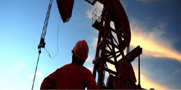 凯恩斯:国际原油价格暴跌,利空哪些股票?