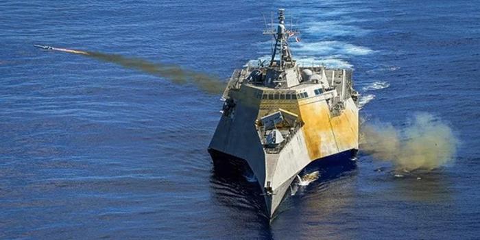 中美举行联合演练之时 美军今年第8次闯南海岛礁